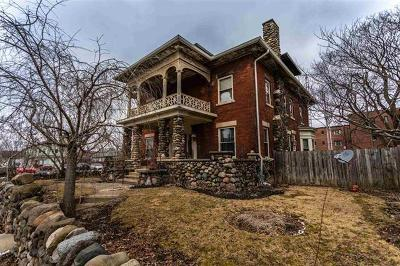 Delaware County Single Family Home For Sale: 616 East Adams Street