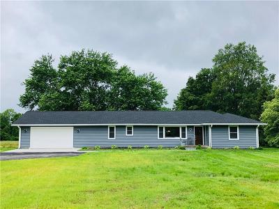 Indianapolis Single Family Home For Sale: 7550 Fall Creek Road