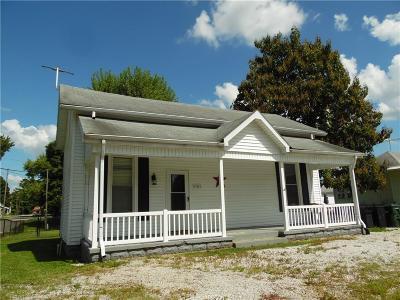 Waldron Single Family Home For Sale: 306 West Walnut Street