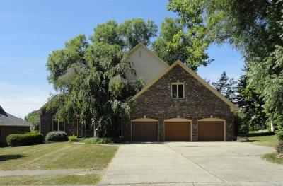Noblesville Single Family Home For Sale: 326 Pebble Brook Circle