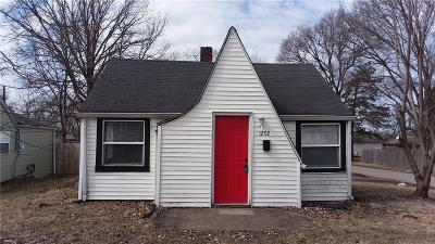 Indianapolis Single Family Home For Auction: 1202 South Chester Avenue