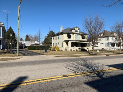 Rushville Single Family Home For Sale: 1131 North Main Street N
