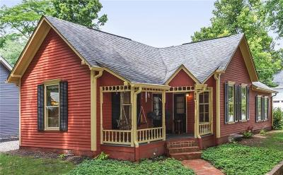Zionsville Single Family Home For Sale: 410 Linden Street