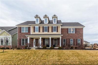 Fishers Single Family Home For Sale: 14672 Edgebrook Drive