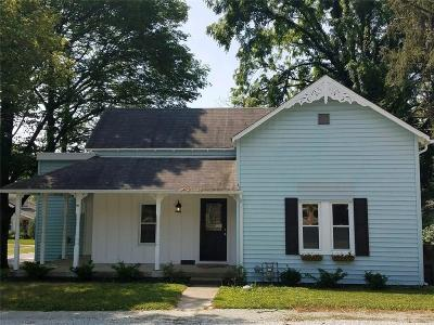 Pendleton Single Family Home For Sale: 301 Taylor Street