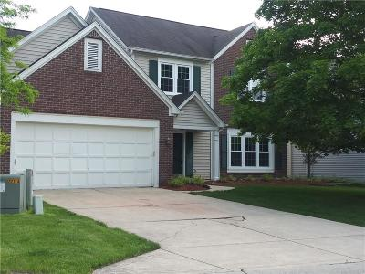 Indianapolis Single Family Home For Sale: 8609 Kruggle Court