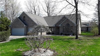 Avon Single Family Home For Sale: 6887 Black Oak East Court E