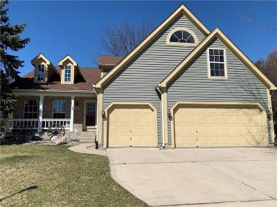 Fishers Single Family Home For Sale: 11244 Garrick Court