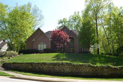 Fishers Single Family Home For Sale: 7467 River Highlands Drive