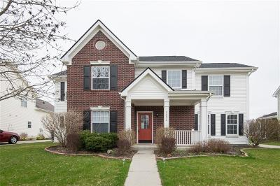 Noblesville Single Family Home For Sale: 18034 Kinder Oak Drive