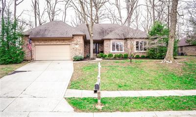 Avon Single Family Home For Sale: 1052 Red Oak Drive