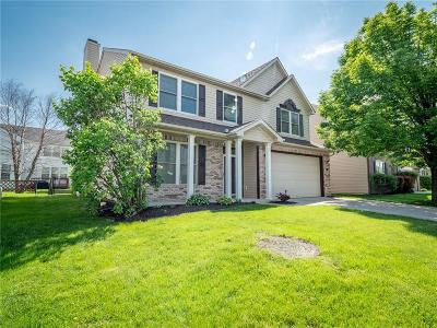 Zionsville Single Family Home For Sale: 6539 Amherst Way