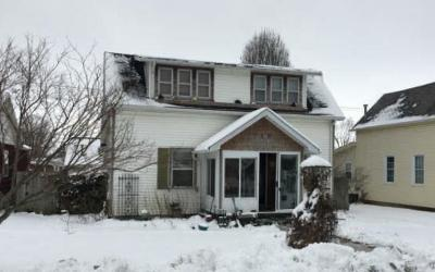 Madison County Single Family Home For Auction: 719 West Jefferson Street