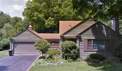 Single Family Home For Auction: 8010 Englewood Road