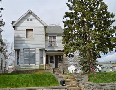 Delaware County Single Family Home For Sale: 2201 South Elm Street