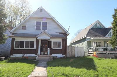 Indianapolis Single Family Home For Sale: 122 South Elder Avenue