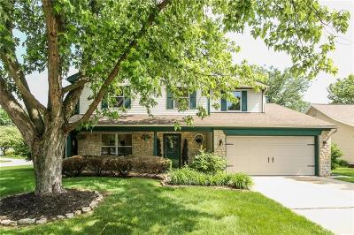 Fishers IN Single Family Home For Sale: $240,000