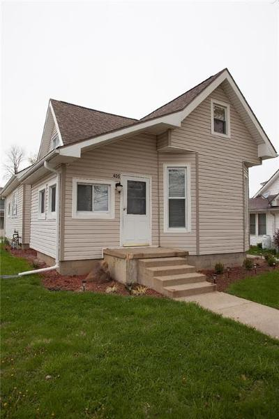 Clinton County Single Family Home For Sale: 406 North Main Street