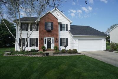 Single Family Home For Sale: 227 Winding Way
