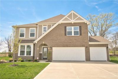Avon Single Family Home For Sale: 517 Amersham Court