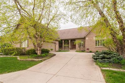 Indianapolis Single Family Home For Sale: 8024 Oakhaven Place