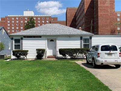Delaware County Single Family Home For Sale: 1504 North Woodridge Avenue