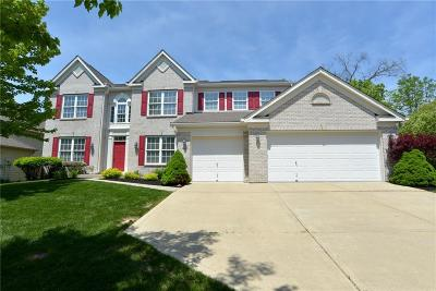 Indianapolis Single Family Home For Sale: 10912 Tallow Wood Lane