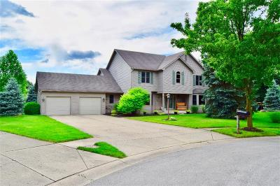 Noblesville Single Family Home For Sale: 134 Parliament Court