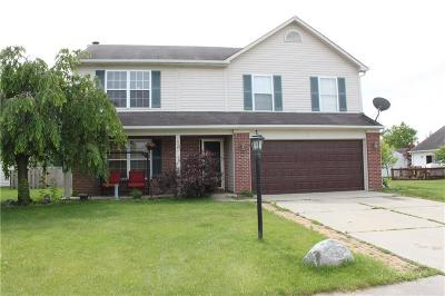 Noblesville Single Family Home For Sale: 10561 Sienna Drive