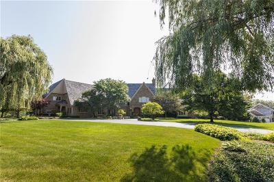 Zionsville Single Family Home For Sale: 8835 Foxland Run