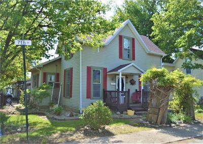 Middletown Single Family Home For Sale: 572 North 7th Street