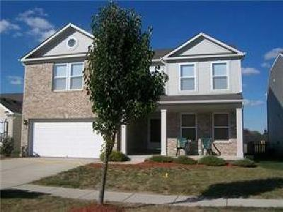 Fishers Single Family Home For Sale: 12594 Loyalty Drive