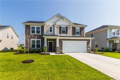 Noblesville Single Family Home For Sale: 11856 Redpoll Trail