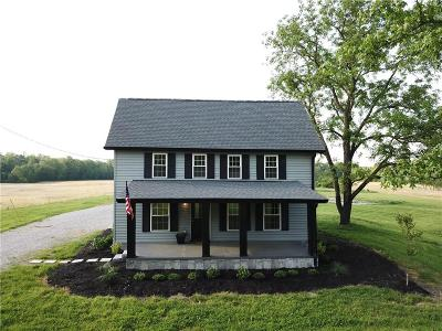Columbus Single Family Home For Sale: 6500 West Deaver Road