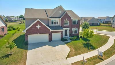 McCordsville Single Family Home For Sale: 9773 North Anchor Bend