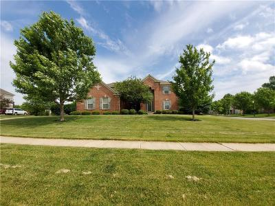 Zionsville Single Family Home For Sale: 9410 Cobblestone Court