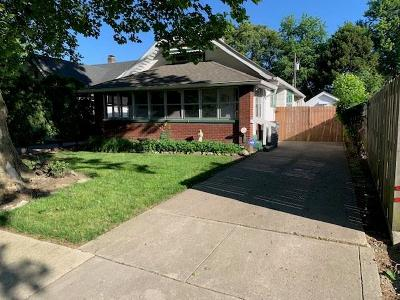 Indianapolis Single Family Home For Sale: 160 East Pleasant Run Parkway North Drive