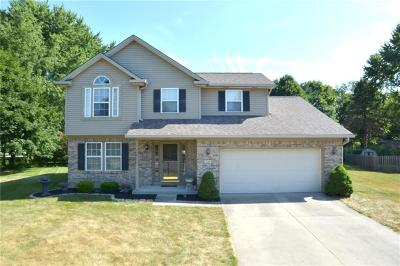 Noblesville Single Family Home For Sale: 334 Whispering Willow Court Court