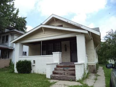 Irvington Single Family Home For Sale: 33 South Arlington Avenue