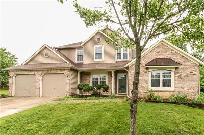 Fishers Single Family Home For Sale: 10683 Northfield Place