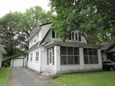 Indianapolis Single Family Home For Sale: 4630 Primrose Avenue