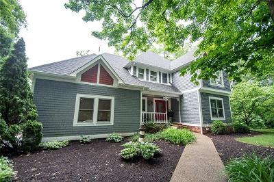 Avon Single Family Home For Sale: 1221 Bur Oak Court