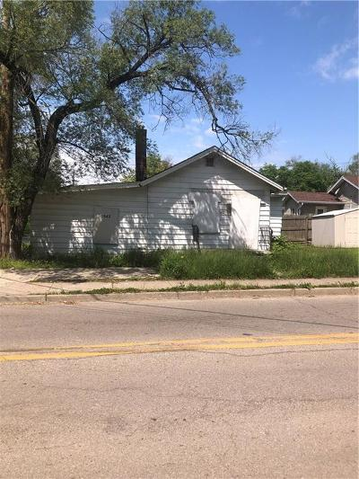 Indianapolis Single Family Home For Sale: 2542 South State Avenue