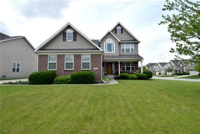 Zionsville Single Family Home For Sale: 7806 Eagles Nest Boulevard