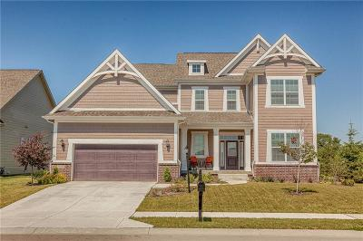 Fishers Single Family Home For Sale: 10539 Hinterland Drive