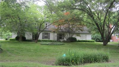 Single Family Home For Sale: 1114 Frederick Drive S