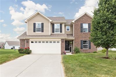 Brownsburg Single Family Home For Sale: 8414 Tralee Lane