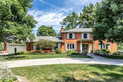 Indianapolis Single Family Home For Sale: 1206 Frederick Drive S