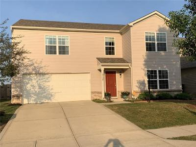 Noblesville Single Family Home For Sale: 15138 Royal Grove Drive