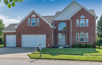 Greenwood Single Family Home For Sale: 4139 Diamond Row